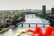 FRANKFURT-MAIN-FOTOTOM-KAUTH-800pix-COIT.jpg